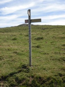 Pyrenees 19 guidepost