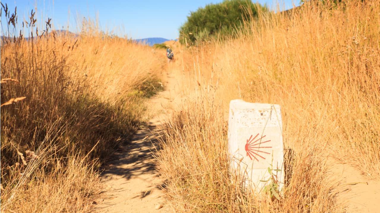 Approaching Rabanal del Camino